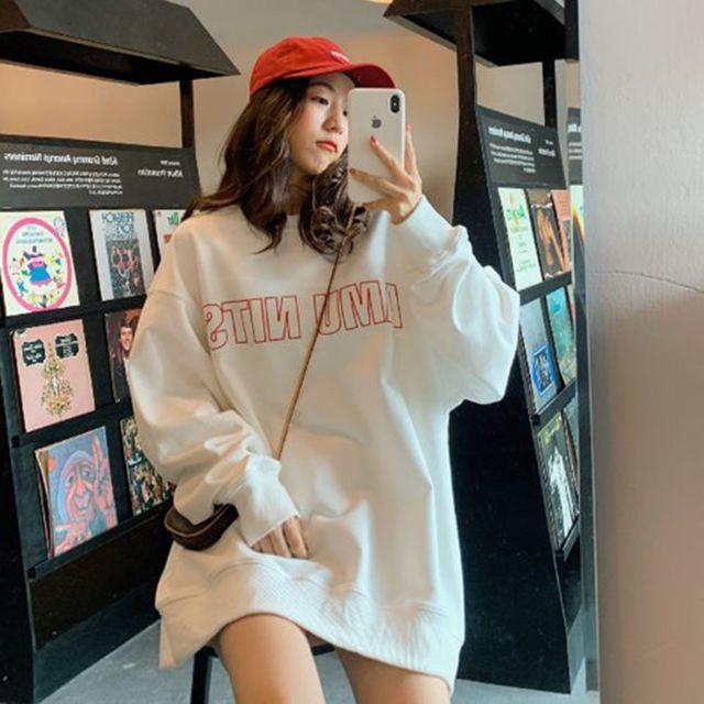 W 오버핏 라운드넷 늘어남 없는 여자 맨투맨 티셔츠