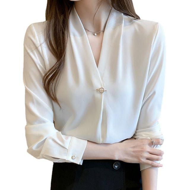 W 키밍 여성 쉬폰 화이트 블라우스 베이직 브로치 셔츠