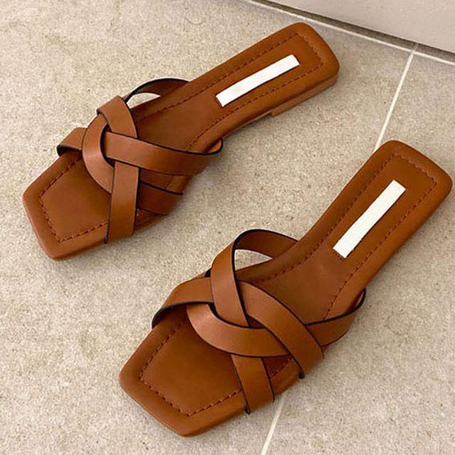 W 여성 외출 패션 여름 신발 각진코 발 편한 슬리퍼
