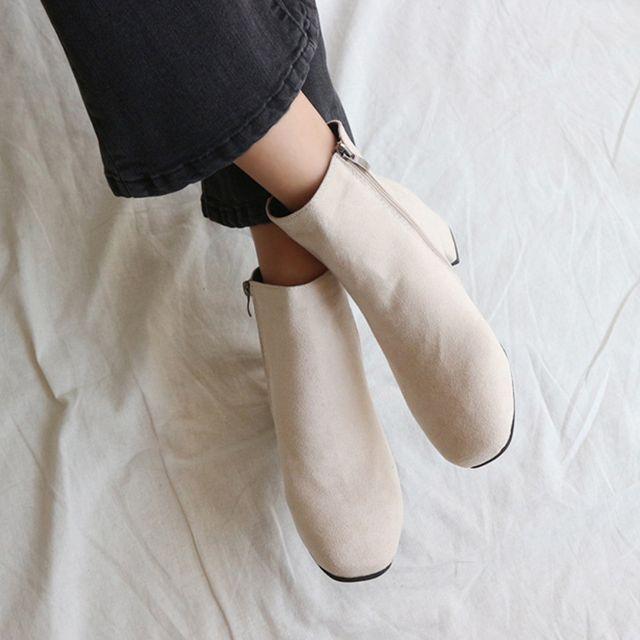 스웨이드 낮은굽 앵글 부츠 미들 겨울 패션 코디 구두