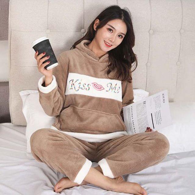 W 포근하고 따뜻한 여자 수면 잠옷 홈웨어 상하의 세트