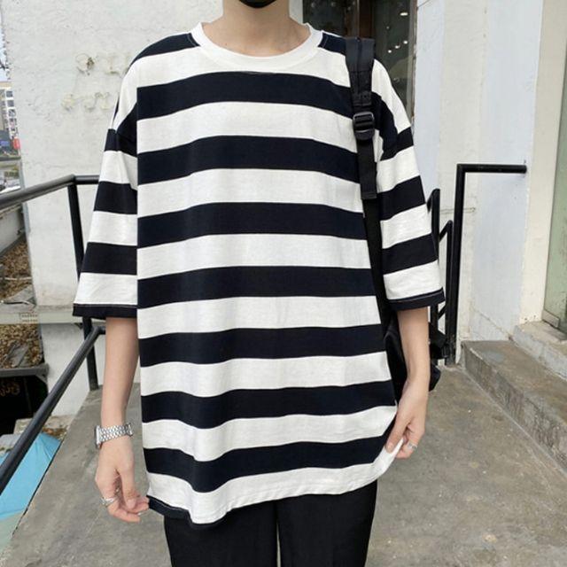 W 남성 상의 반팔 오버핏 스트라이프 라운드넥 티셔츠