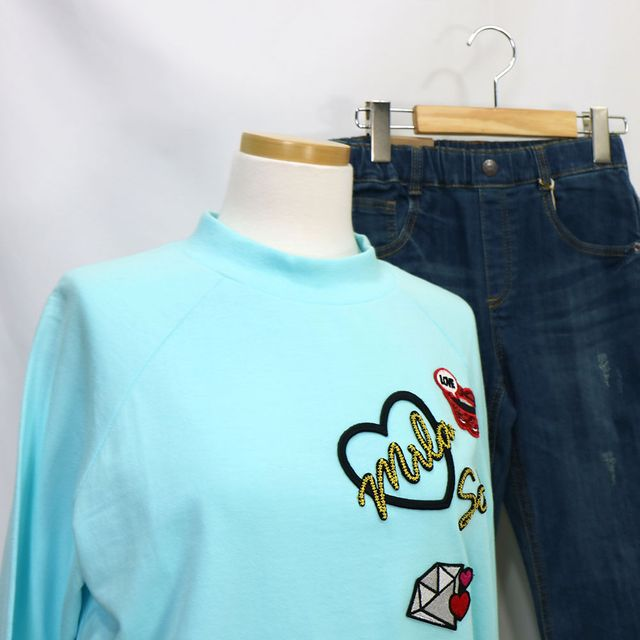 W 자수 패치 간절기 여자 맨투맨 티셔츠 민트 55 66 77