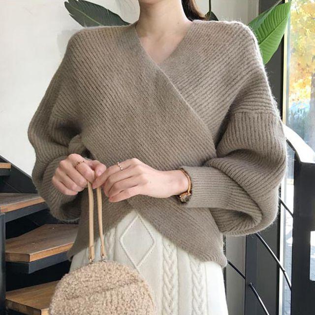 W 크로스 랩니트 여성 예쁜 스웨터 오프숄더 크롭니트