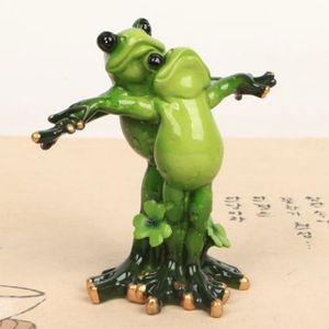 타이타닉 개구리 소품 인형