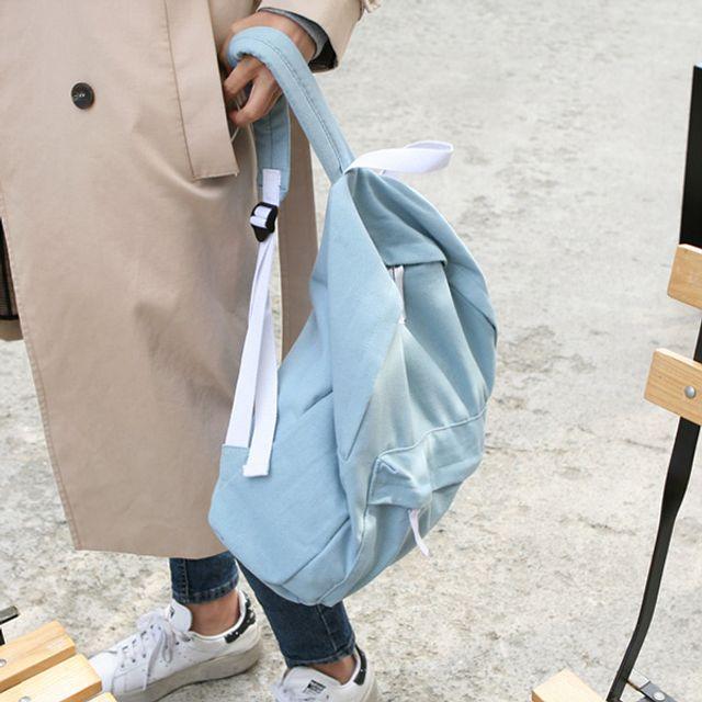 심플 데일리 백팩-블루 [제작 대량 도매 로고 인쇄 레이저 마킹 각인 나염 실크 uv 포장 공장 문의는 네이뽕]