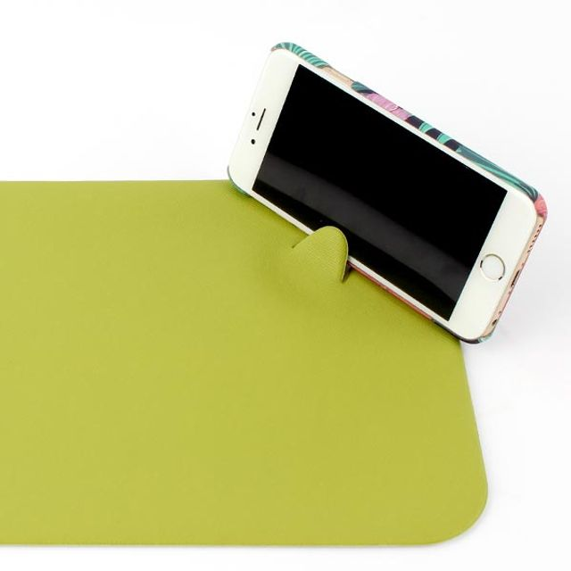 핸드폰 거치겸용 마우스패드(실용신안등록)