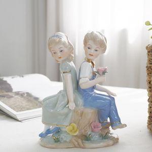 소년소녀조각상 장식품 홈데코 미니어처소품 인테리어