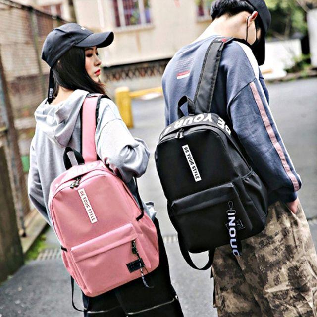 W 레터링 포인트 백팩 패션가방 남녀공용 데일리백팩