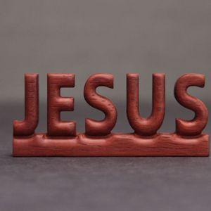 붉은 나무 JESUS 원목 장식