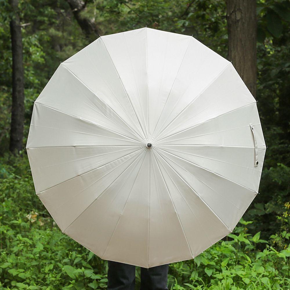파스텔 컬러가 돋보이는 우드 우산