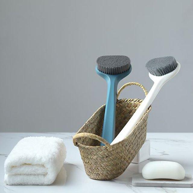 편안한 그립감과 피부 저자극 타원형 목욕 브러쉬