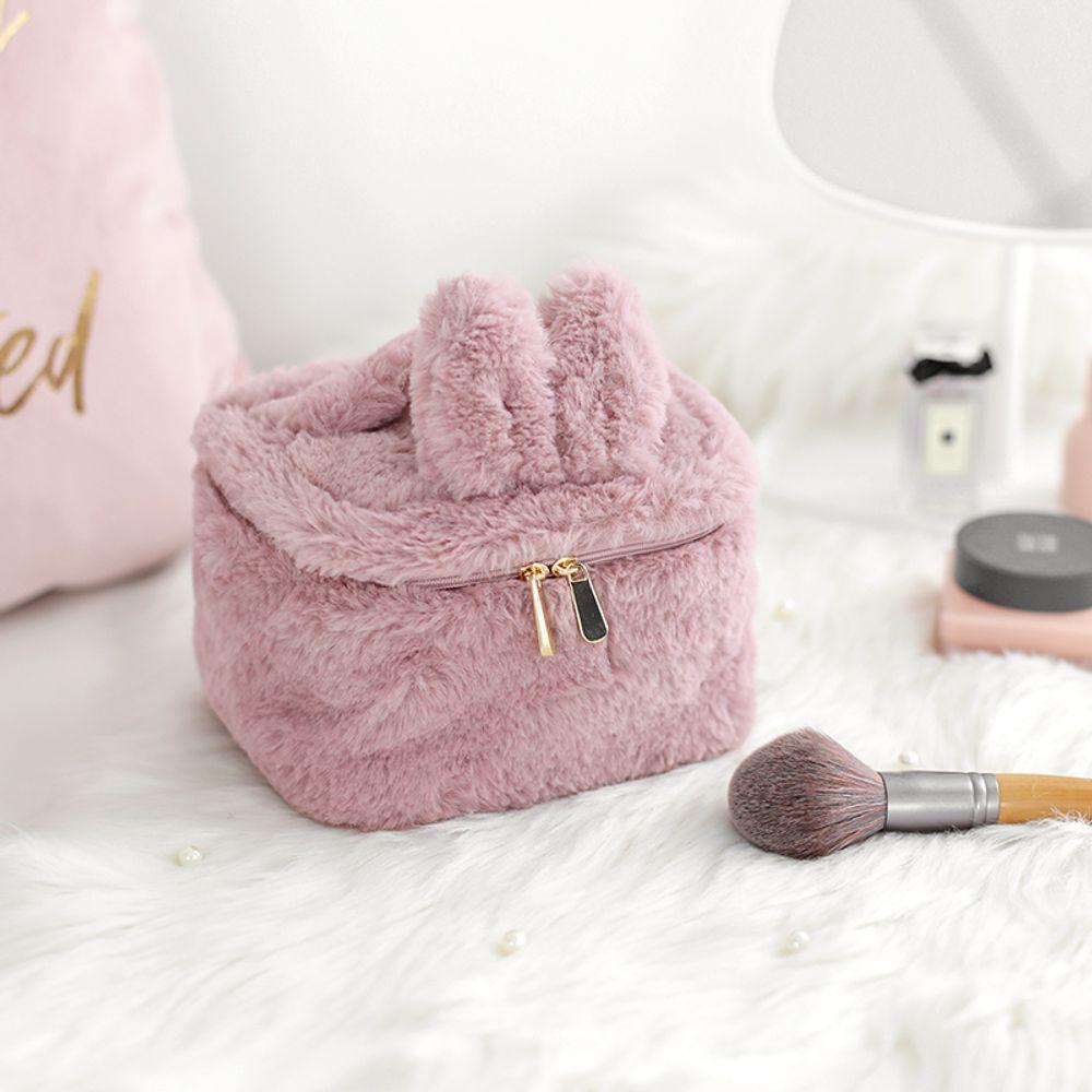 [더산직구]EACHY 로리타 소녀 하트 스퀘어 양털 화장품 가방/ 배송기간 영업일기준 7~15일