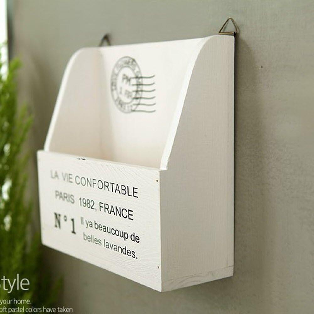 벽걸이 심플 화이트 모던 분위기 연출 수납 박스
