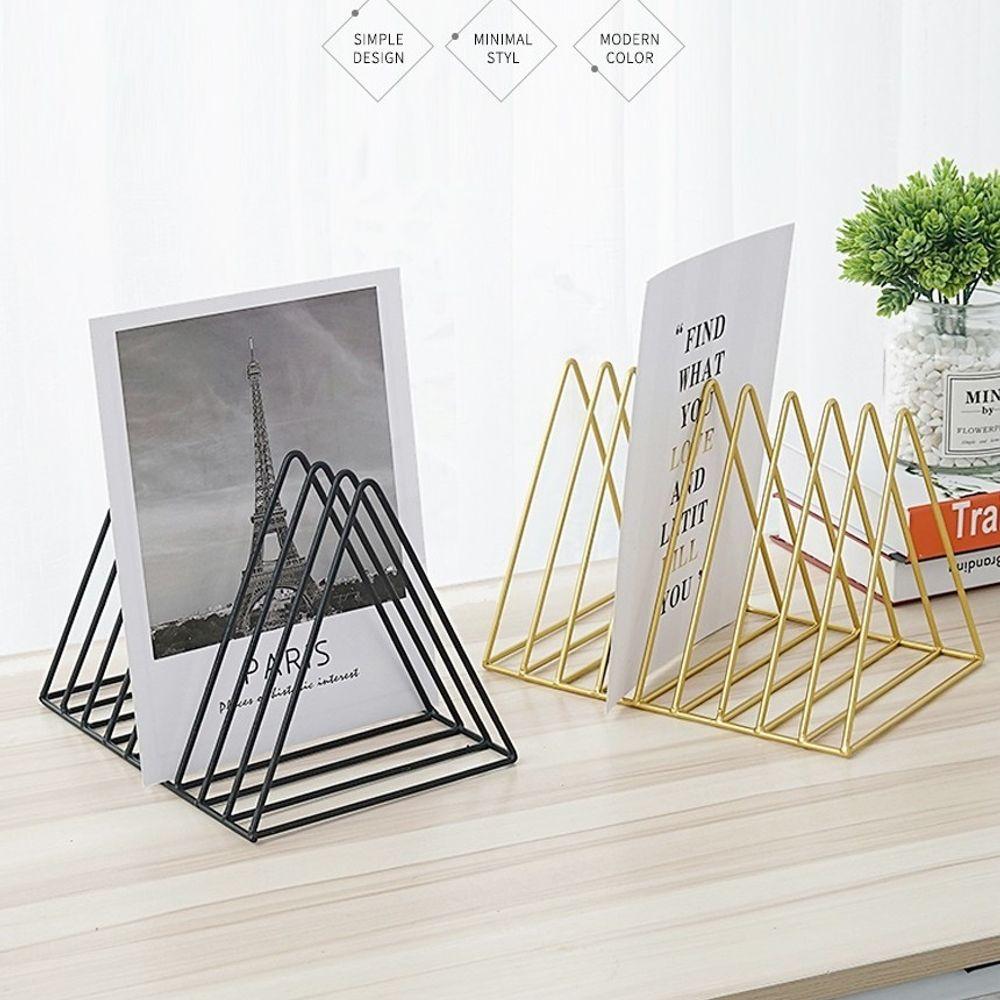 GnJ 삼각철제 책꽂이 앤틱하고 유니크한 디자인